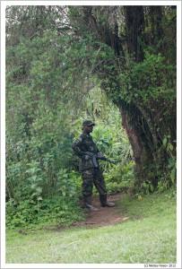 На привалах солдаты охраняли ведущие к нам тропы