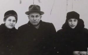 Борис Александрович Метлин с дочерью Риммой и сыном брата Глеба - Юрой